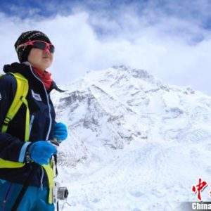 Luo Jing Becomes First Chinese Woman to Climb all 14×8000'ers