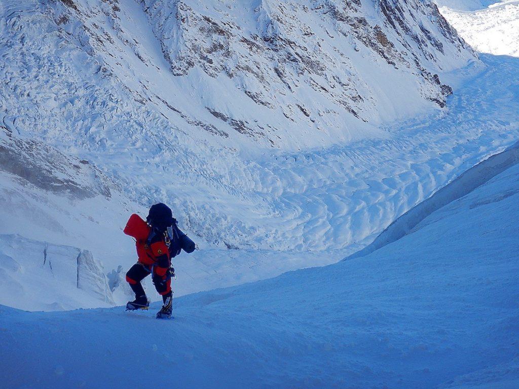 Towards camp 2 on winter Nanga Parbat