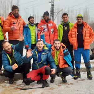 Winter 8000'ers: K2 Teams Unite