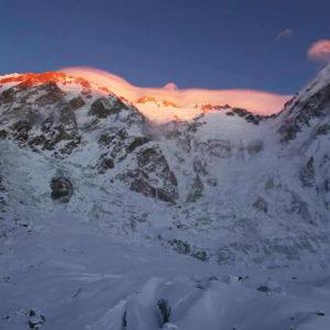 Winter 8000'er Update: Despair on Nanga Parbat, K2 Climbers Still Hopeful