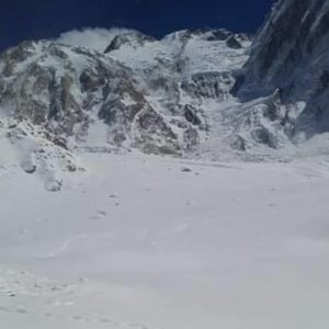 Txikon Searches on Foot for Nardi and Ballard