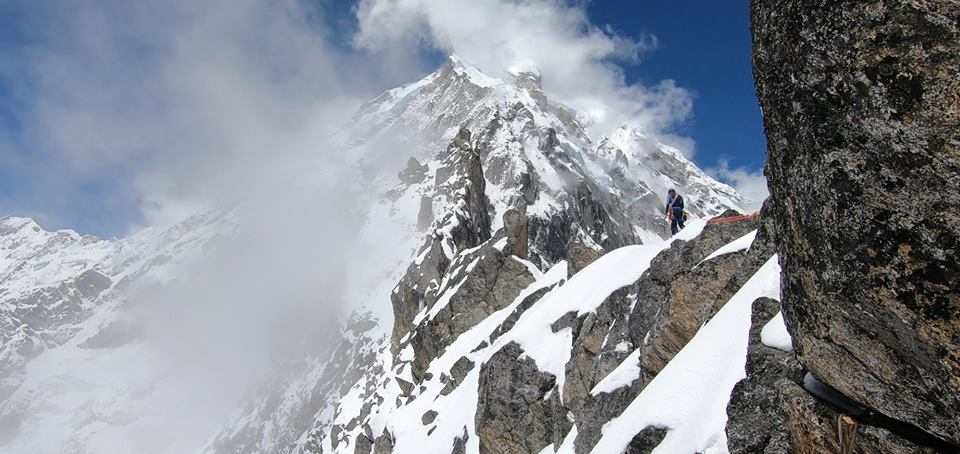 Adam Bielecki and Felix Berg on Langtang Lirung