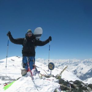 Snowboarding from Manaslu, a dream to come true