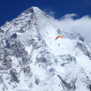 High Fliers: Skiing and Paragliding in the Karakorum