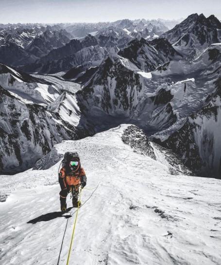 Approaching the Bottleneck on K2
