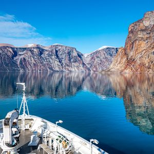 The Dire Struggles of the Polar Cruise Industry