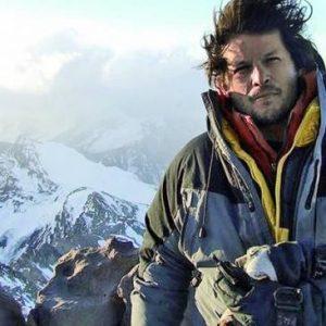 Last Man on Broad Peak on a Risky Summit Push