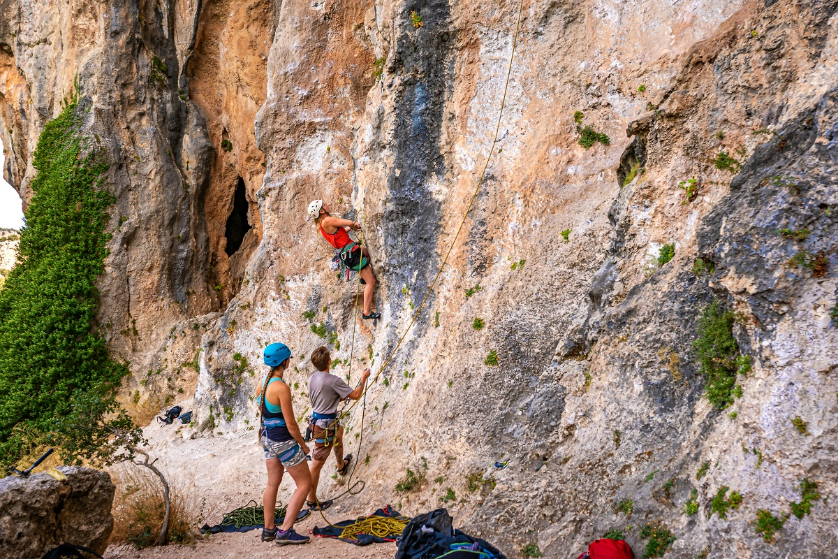 YDS climbing grades are used in sport climbing