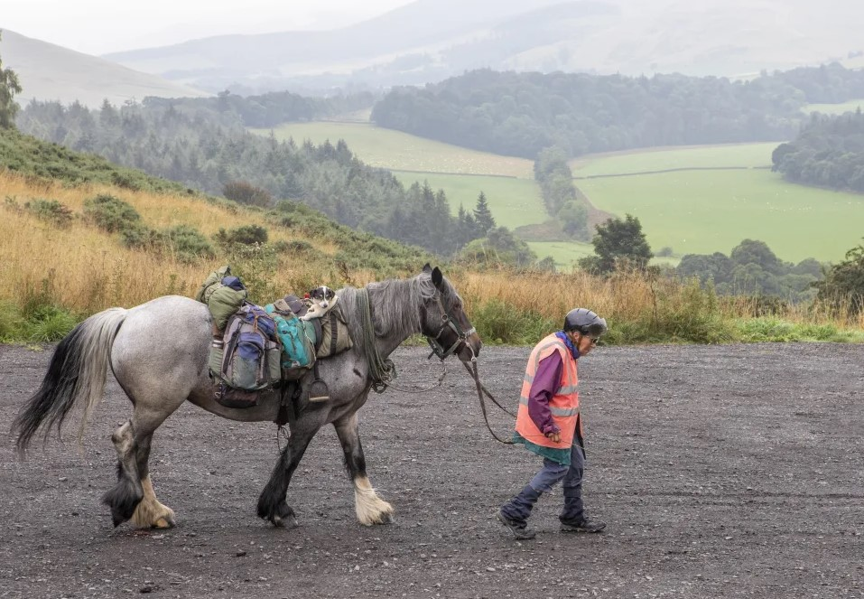 Jane Dotchin 1000km horseback