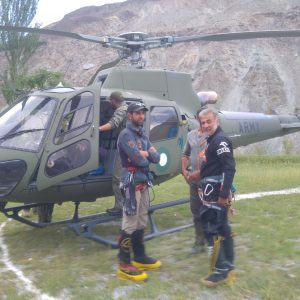 Rakaposhi: Rescue Attempts Fail — Climbers Must Descend Themselves